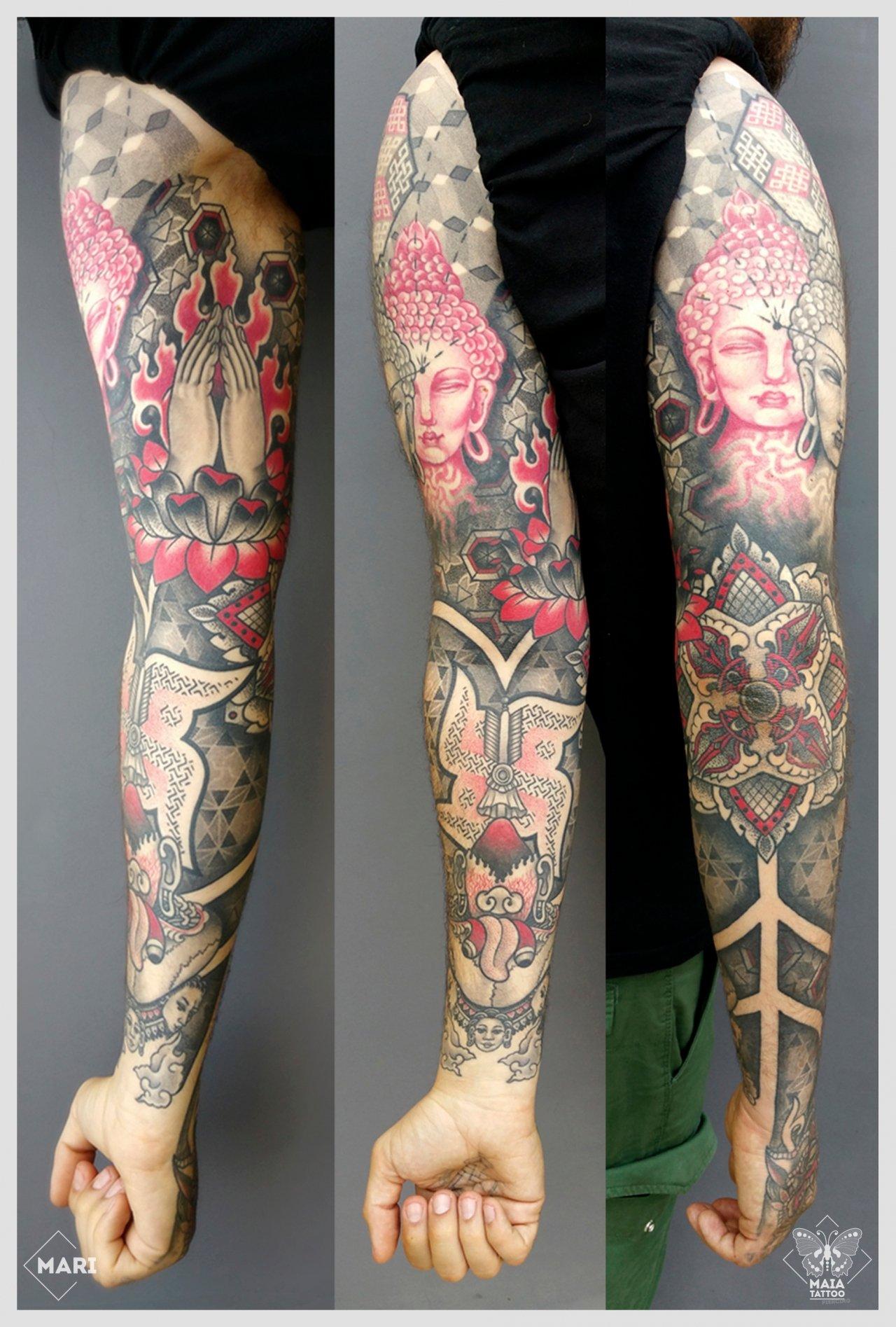 Braccio e mano tattoo ornamentale Maia Tattoo - Tattoo milano